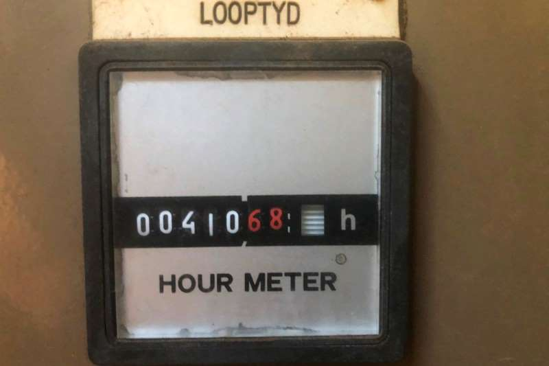 Other EX MILITARYDEUTZ POWERED 400KW Generator