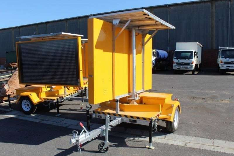 Other Others Optraffic VMS-400-3-CUS Road Traffic Trailer 2017