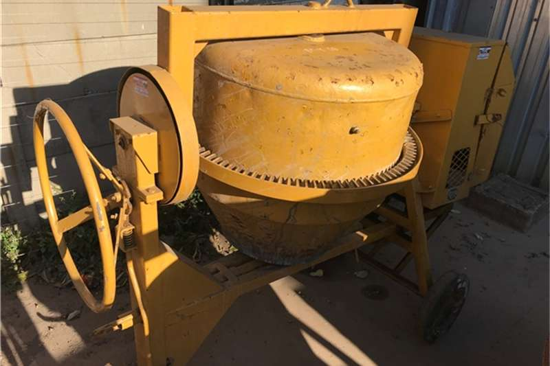 250 LITRE MIXER Others