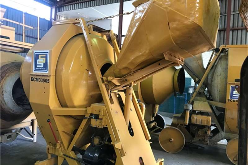 Diesel POWERED CONCRETE MIXER Others