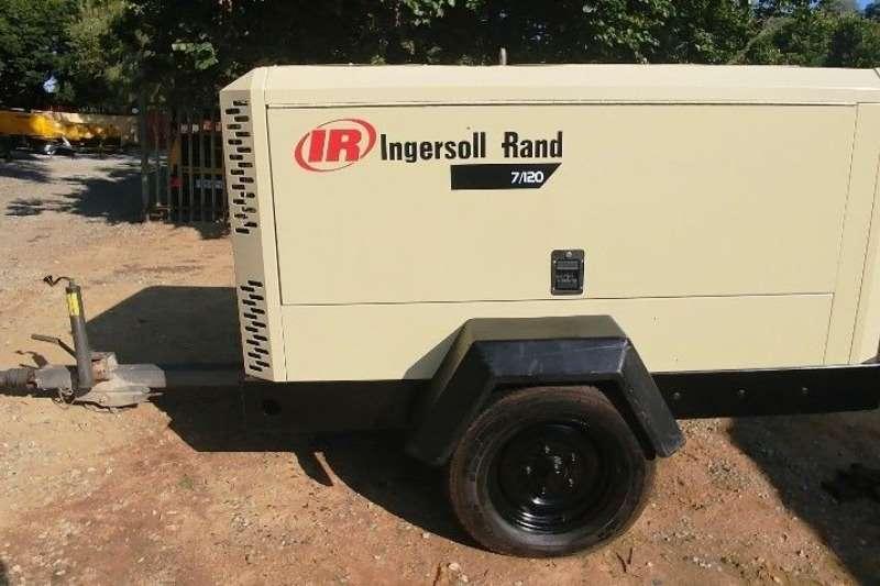 Others Ingersoll Rand 400CFM 8BAR Mobile Air Compressor 2007