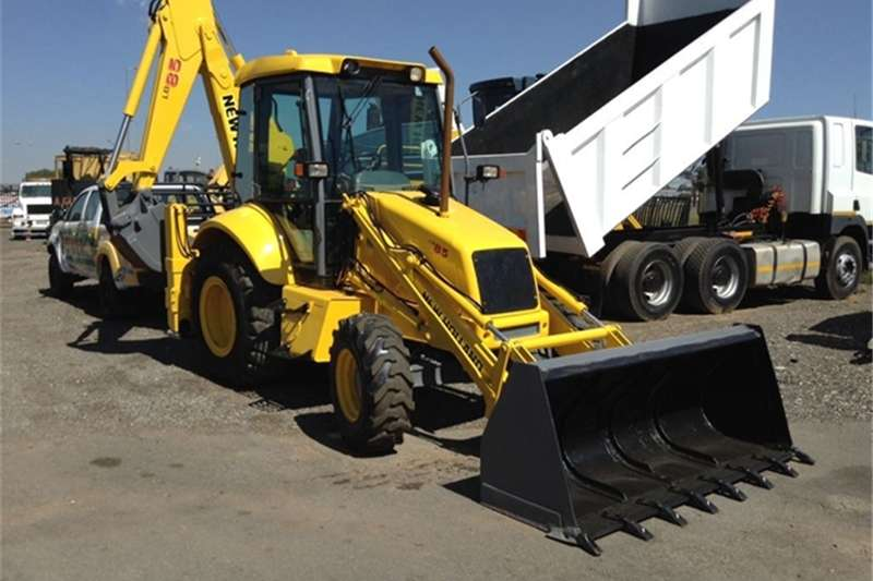 Others New Holland 2002