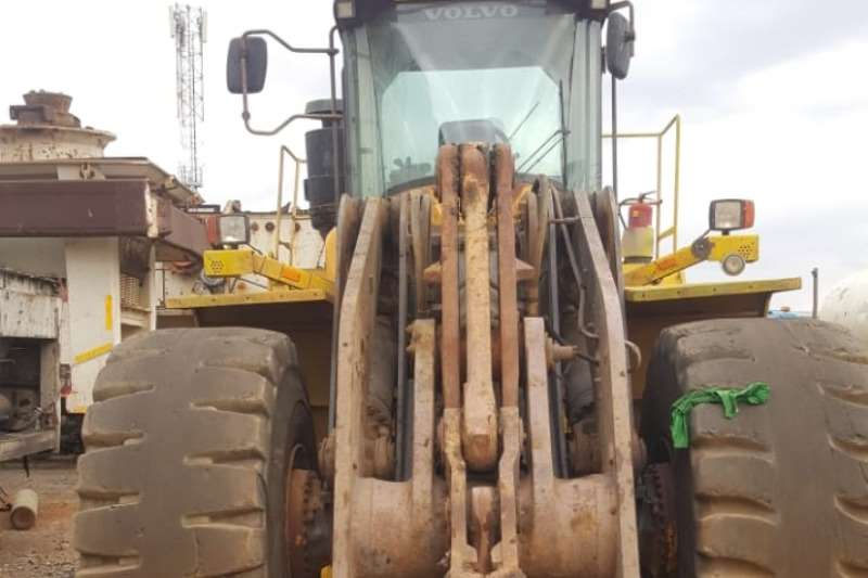 Volvo L220G Others