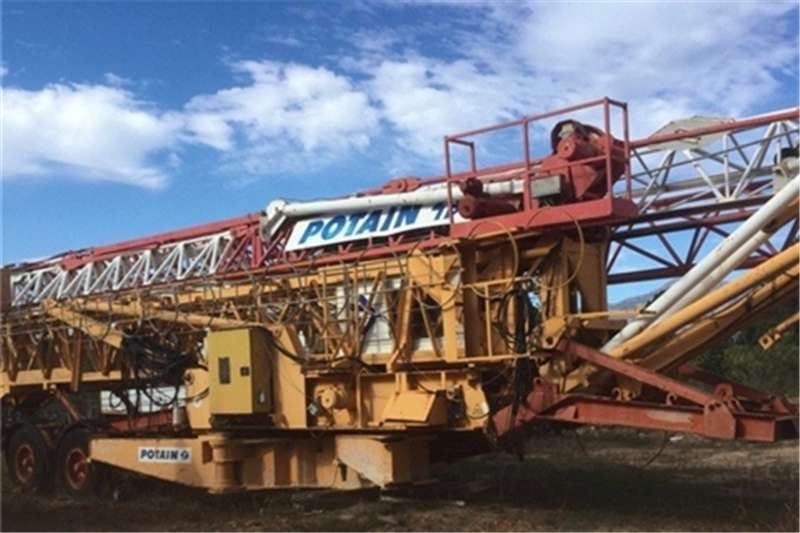 Cranes Potain GTMR386B SELF ERECTING TOWER CRANE