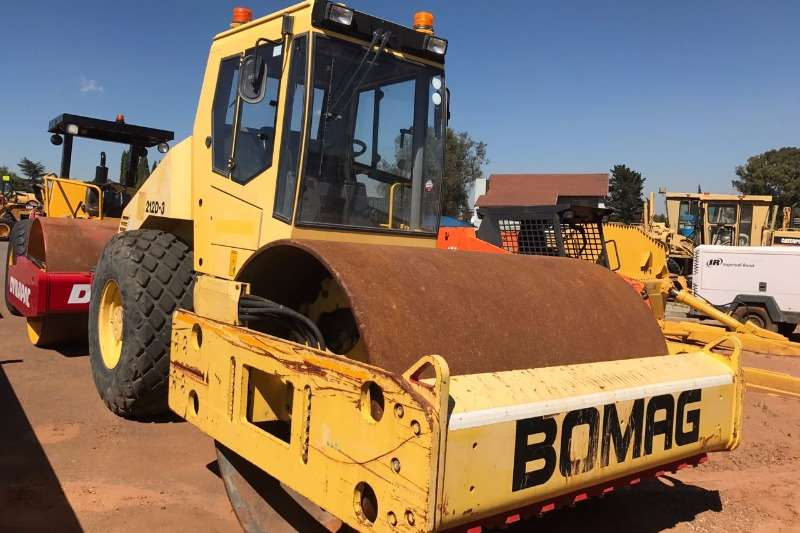 Rollers Bomag 2001 Bomag BW212 D-3 2001
