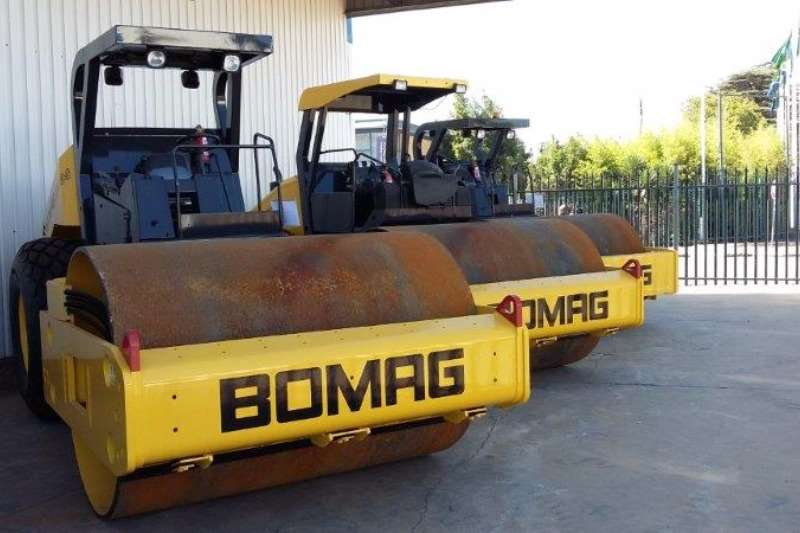 Rollers Bomag BOMAG BW212PD-40 2014