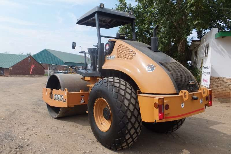 Case CASE 1107DX Rollers