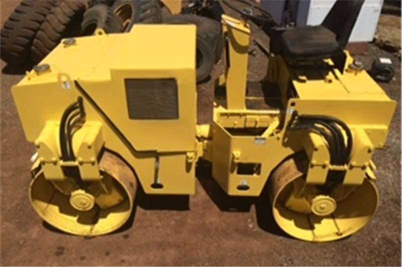Rollers Ingersoll Rand DD-32 VIBRATORY ROLLER 0