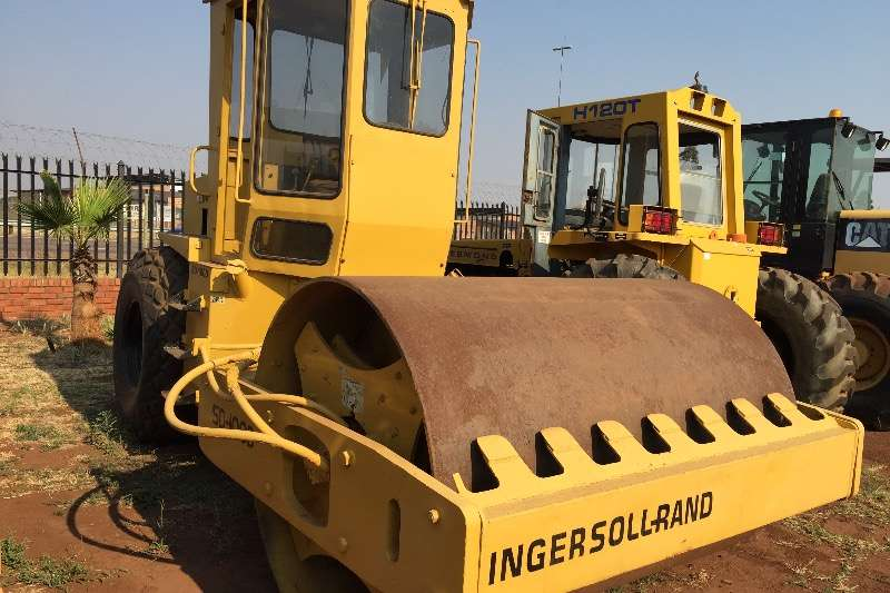 Rollers Ingersoll Rand Ingersol rand SD100 10 ton smooth drum roller 1999