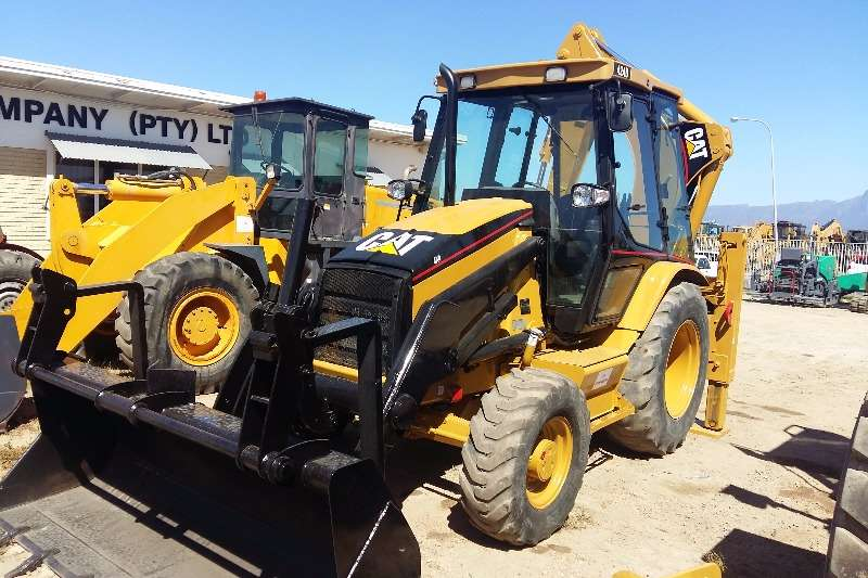TLBs Caterpillar Cat 424D 4x4 Fully Re-furbished, New Engine; 2001