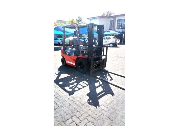 Toyota Diesel forklift Toyota 2.5 Ton   7 Series Forklifts