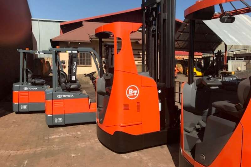 Forklifts Toyota 1.8 - 3.0 TON TOYOTA ELECTRIC