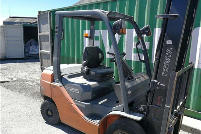 Forklifts Toyota