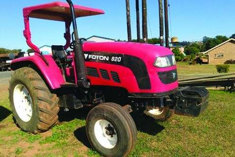 Tractors - Towing 820 4x2 Tractor with Log Book- 2008