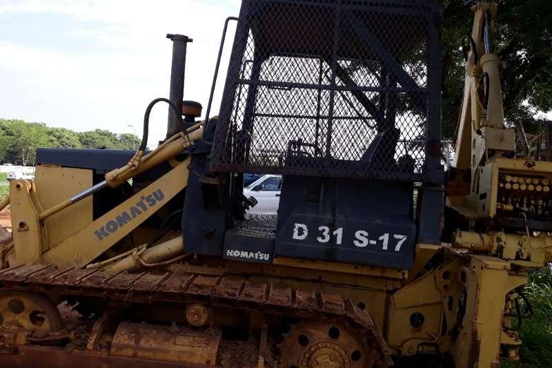 KOMATSU TRAXCAVATOR D31 S 17 Traxcavator