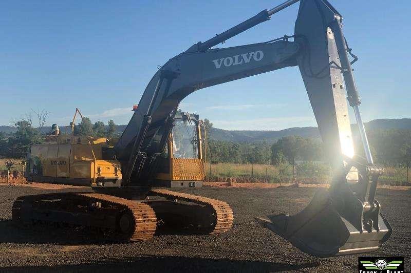 Volvo 2010 Volvo EC240 22ton Excavator Excavators