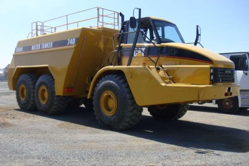Water Tankers Caterpillar 740 2005