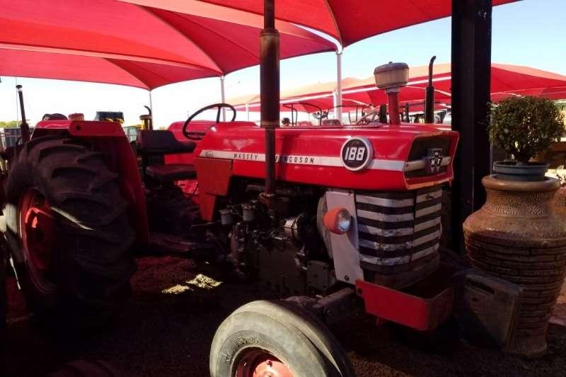 Massey Ferguson MF 188 Tractor - 012 520 5010 - Tractor Giants
