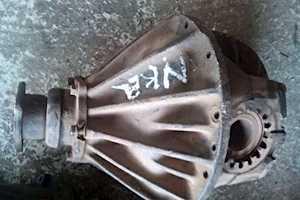 Isuzu NKR250 DiffR7500