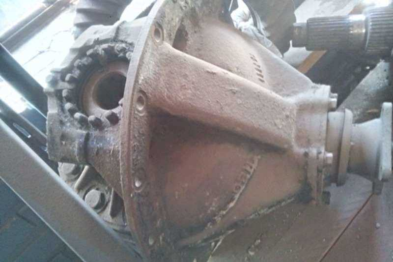 Rear Axle Differential Housing Halves Toyota Axles