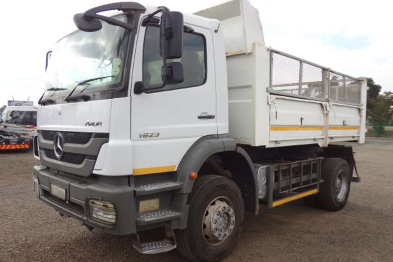 Mercedes Benz 1823 Axor 6 Cube Dropside Tippers (2 available)