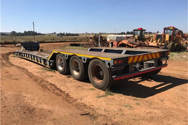 Martin 3 AXLE LOWBED TRAILER