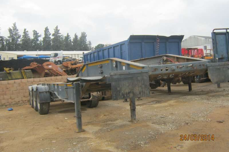 SKELETON TRI AXLE