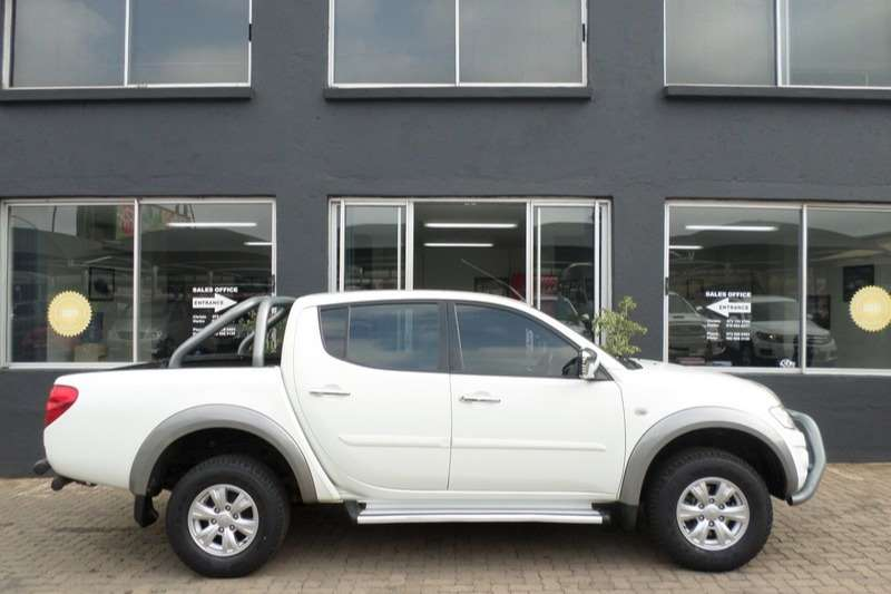 2013 Mitsubishi Triton & triton 4x4 in Cars in South Africa | Junk Mail