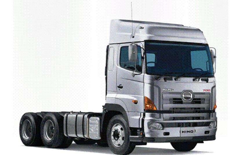 Hino New Hino 700 - 2841 TT