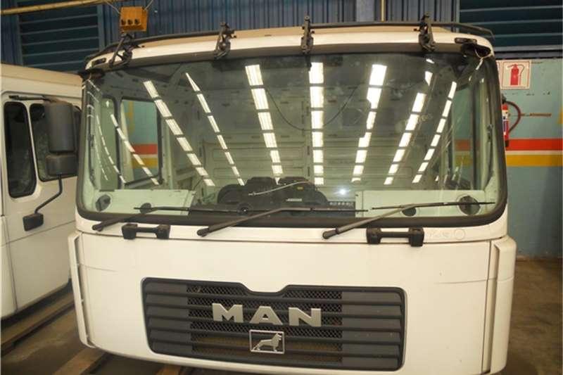 MAN F2000 Cab
