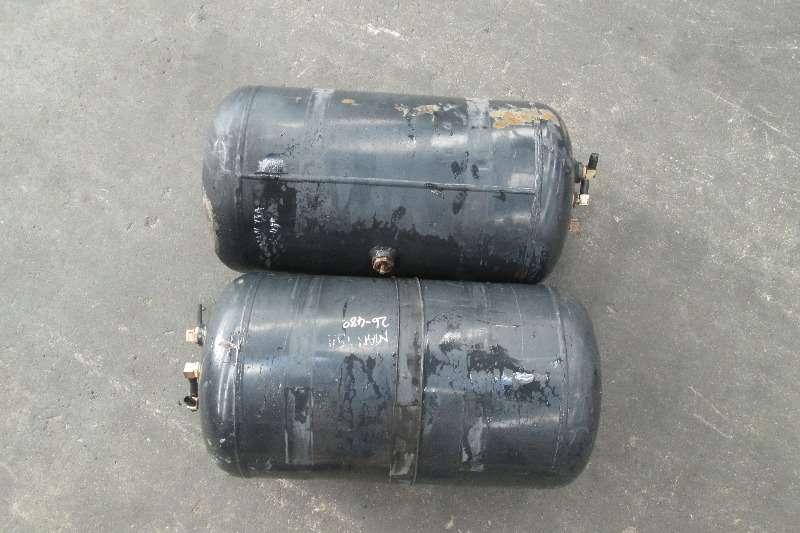 MAN TGA Air Tanks