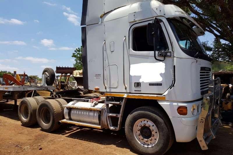 Freightliner CAT515