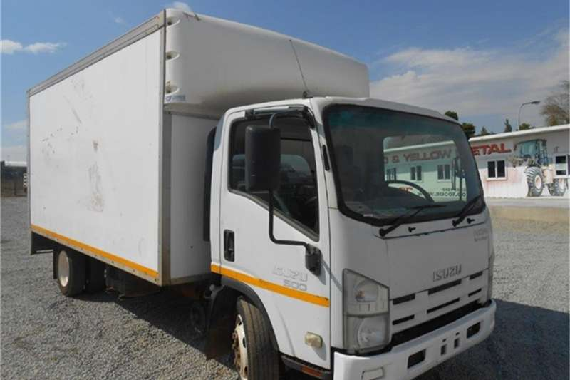 Isuzu NQR Smoother 500 Volume Body