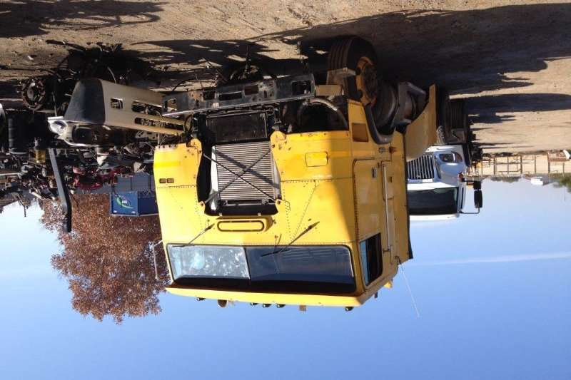 1997 Freightliner FLB Cab Only Accessories