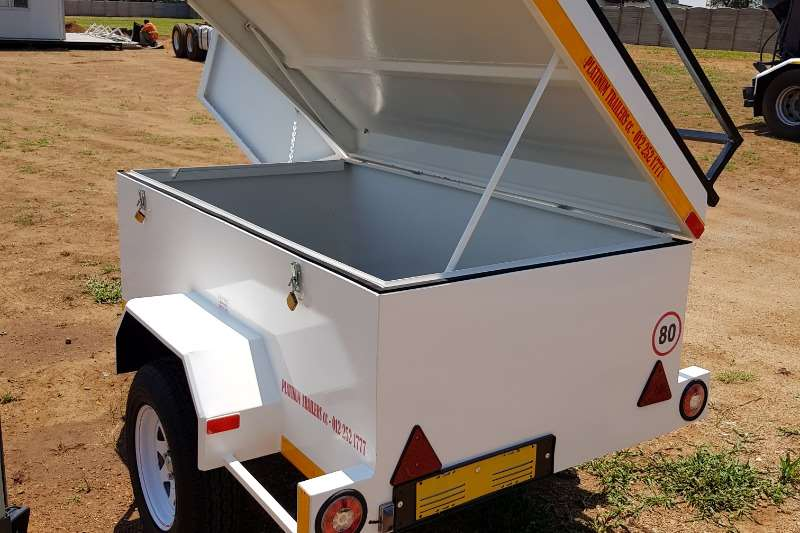 New Luggage, Diesel, Cattle trailers From: R15500 Accessories