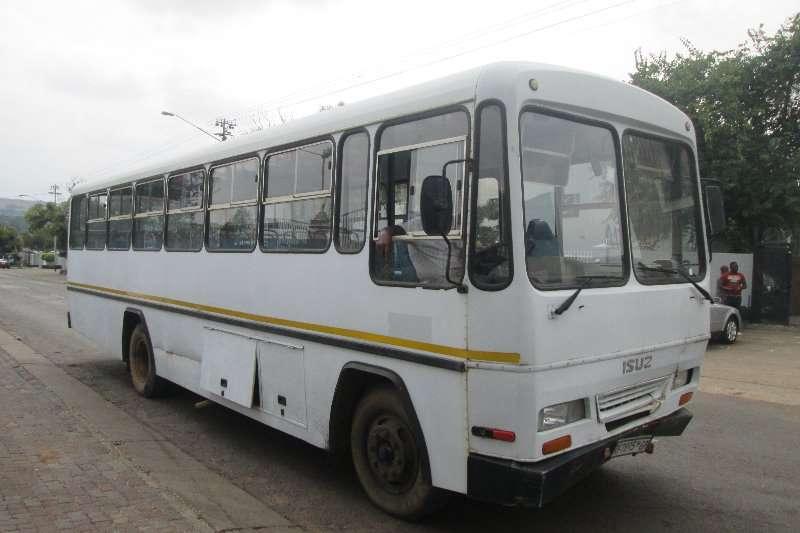 Buses Isuzu FTR800 2000