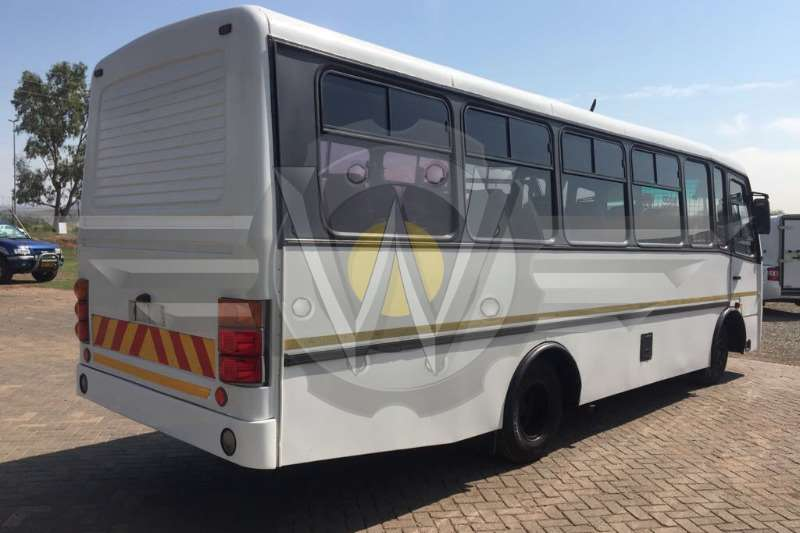 Buses Nissan UD40 32 Seater, excellent all round condition 2008