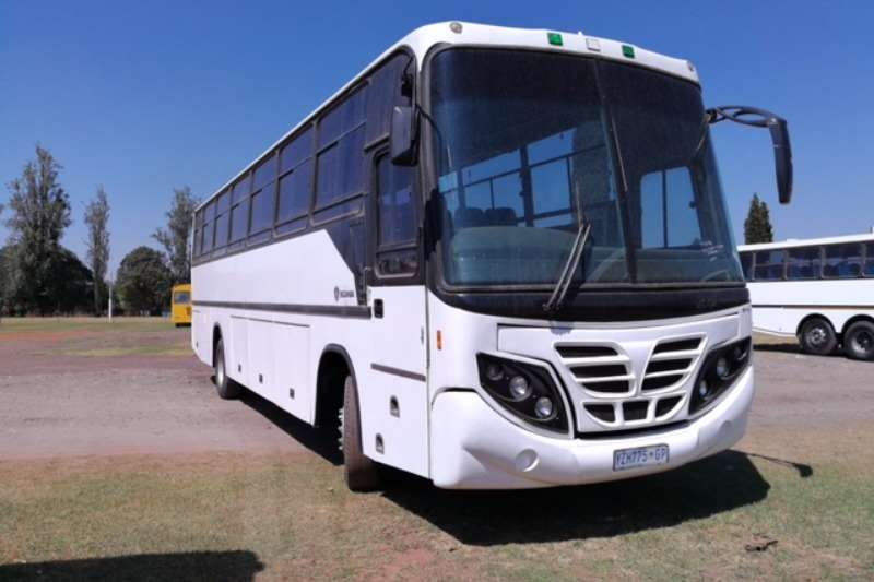Buses Scania 65 Seater F94 2004
