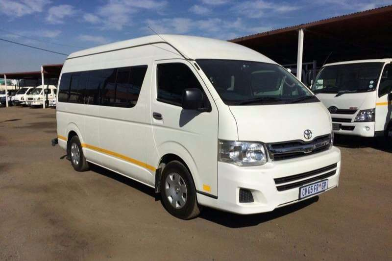 Buses Toyota 14 Seater QUANTUM 2.5D4D 14 seater GL 2013