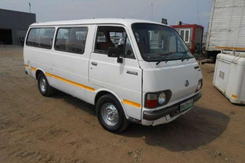 Buses Toyota 14 Seater Hiace 16 Bus Non Runner 1980