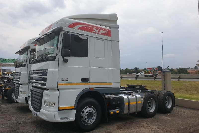 DAF Double axle XF105 460 Truck-Tractor