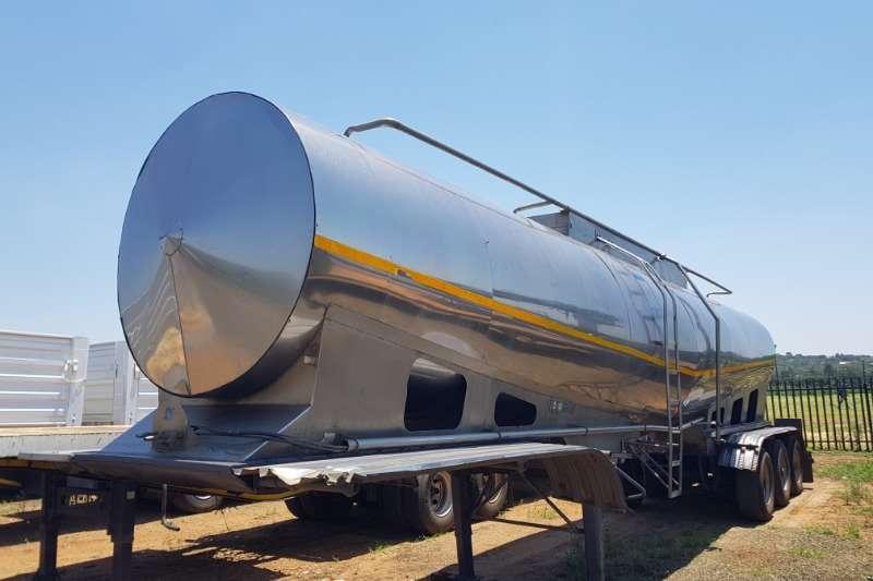 Flexi Manufacturing 30 000 Liter Milk Tanker