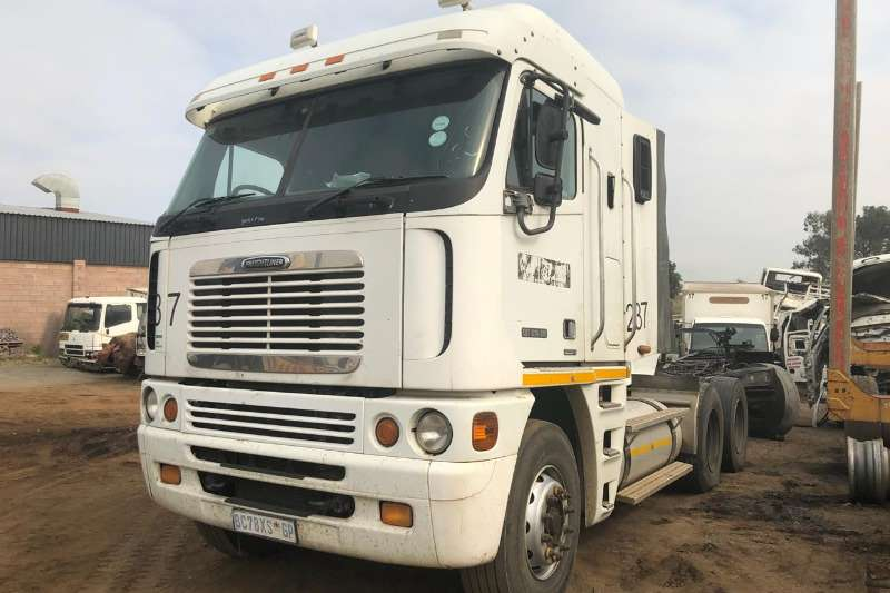 Freightliner CAT C15 515 Chassis cab Truck Trucks for sale