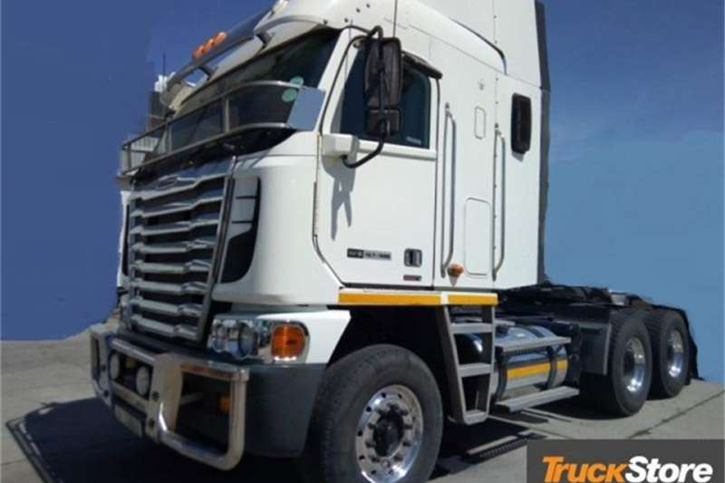 Freightliner Truck-Tractor DDC 12.7   1650 NG 2015