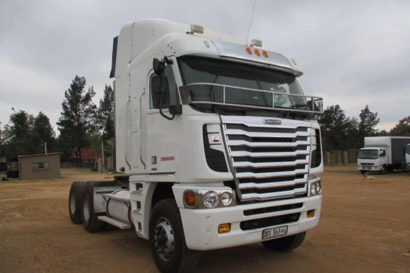 Freightliner Truck-Tractor Double Axle FREIGHTLINER ARGOSY ISX 500 6X4 MECHANICAL HORSE 2014