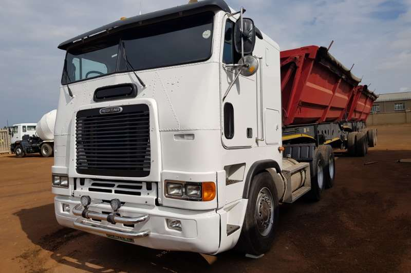 Freightliner Double axle Freightliner FLB100 CATC15 Auto, Hydraulics,Refurb Truck-Tractor