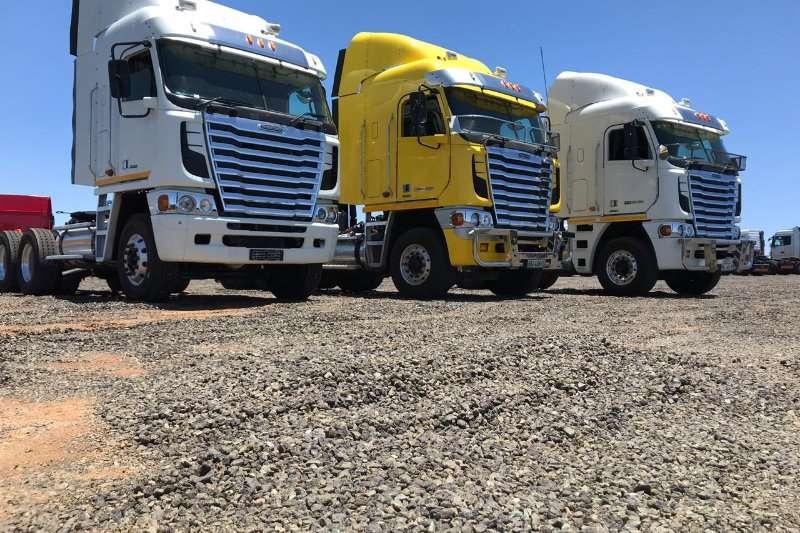 Freightliner Double axle Various Freightliners Truck-Tractor