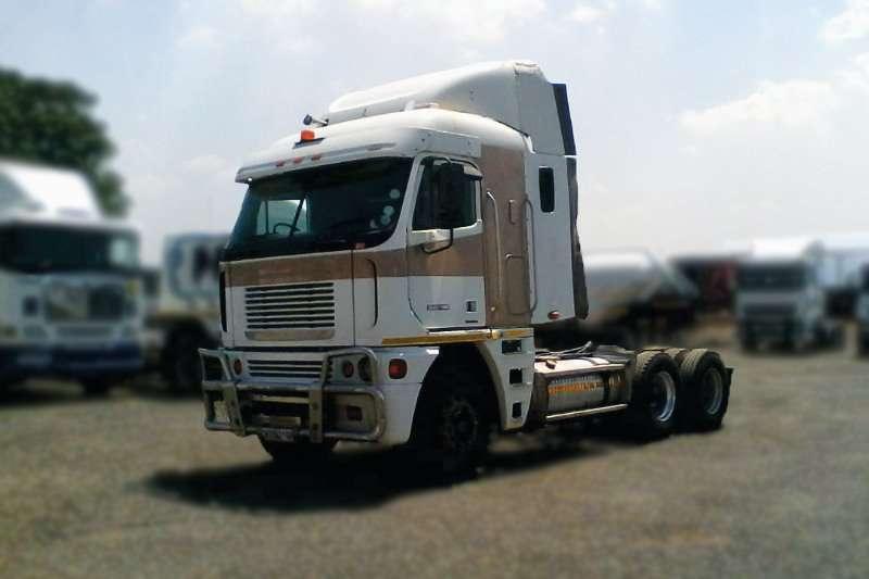 Freightliner Truck-Tractor FREIGHTLINER DETROIT 14.0 530 2010