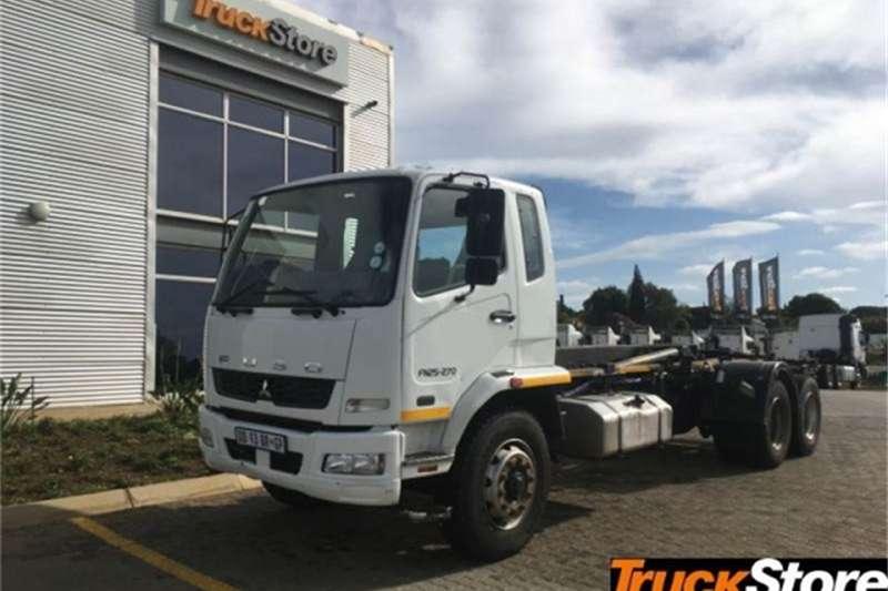 Fuso Truck N25 270 HOOKLIFT 2014
