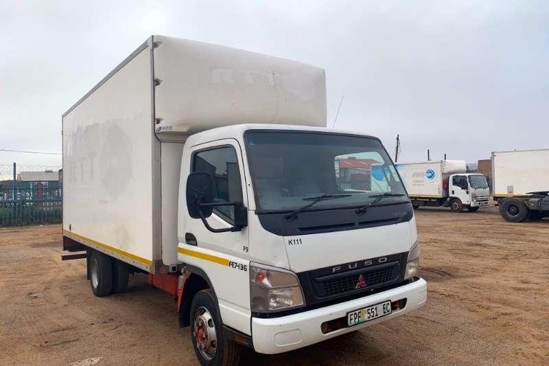 Fuso Truck Volume Body CANTER FE7-136 2011